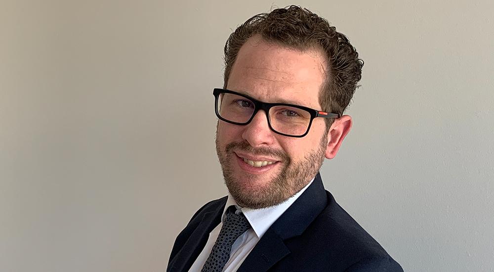 Porträt von Dr. Marc Scheufen